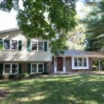 Single-family house at 4824 Willet Dr, Annandale, VA 22003