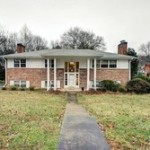Single-family house at 6213 Loch Raven Dr, Mclean, VA 22101