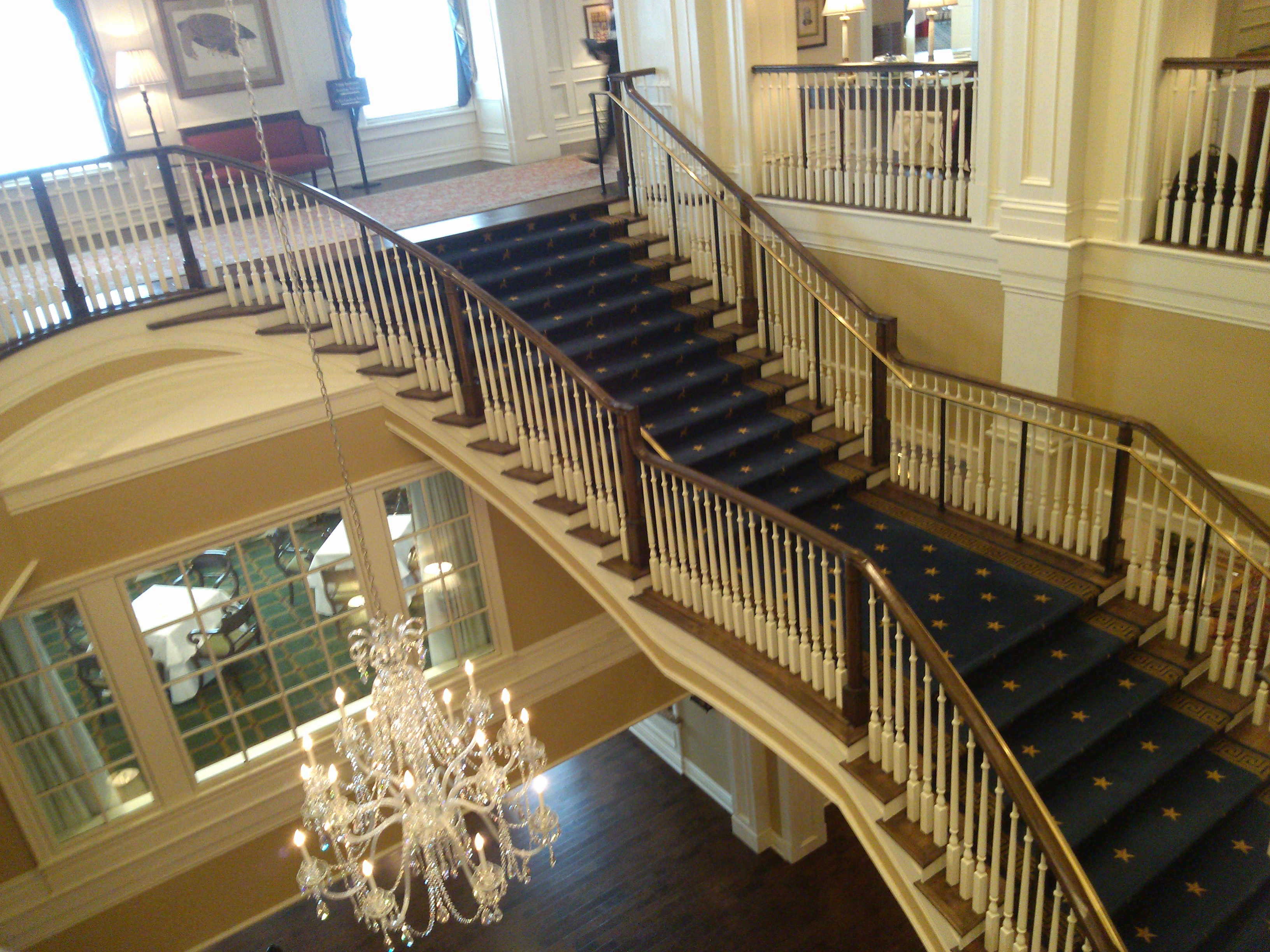 The inside of the Army Navy Country Club is very tastefully decorated