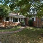 A single family homes at 3539 Gordon St Falls Church VA 22041