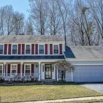 A single family homes at 8621 Groveland Dr Springfield VA 22153