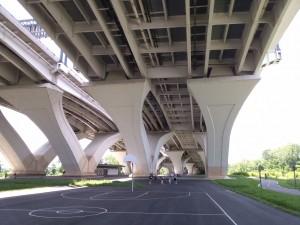 An available basketball court at Jones Point Park