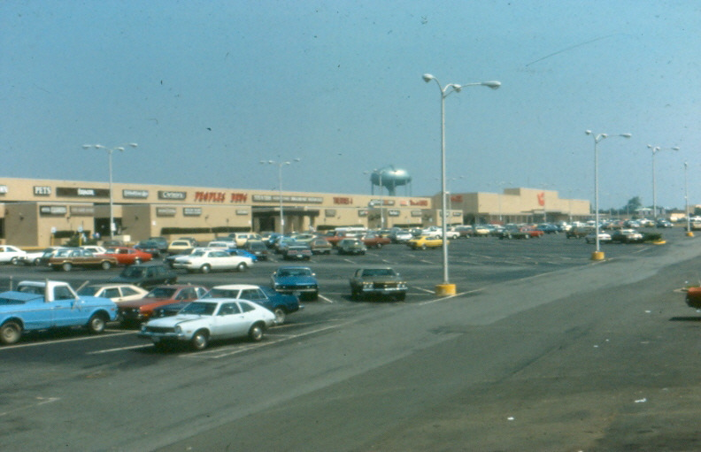 Beacon Mall vintage