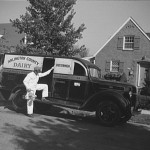 Arlington County dairy truck, in 1942