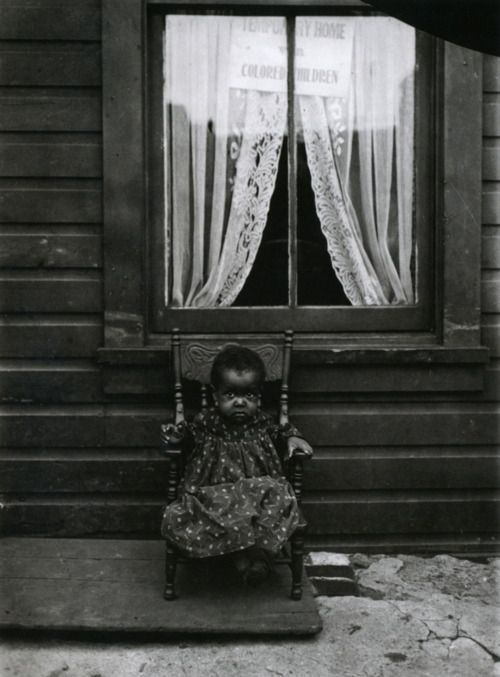 Young orphan girl, in DC, in 1906
