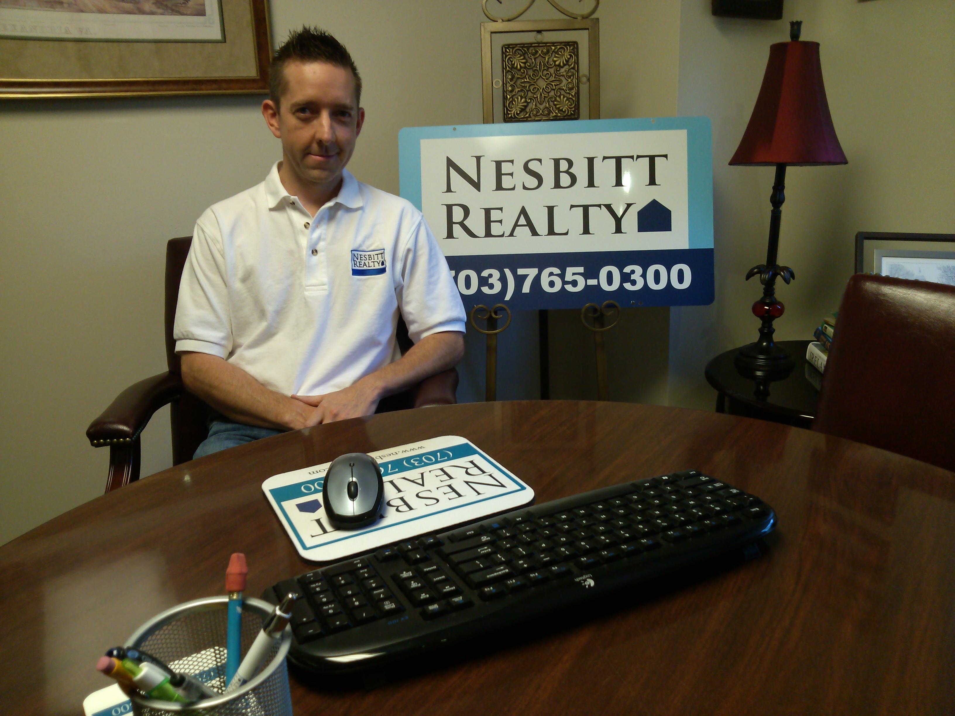 Real Estate Agent Kelly Nesbitt