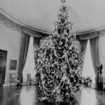 christmas-tree-blue-room-1964