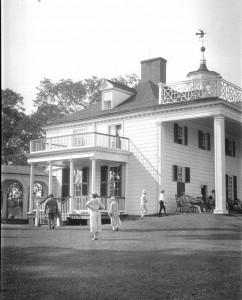 MountVernon_SouthPorch 1924